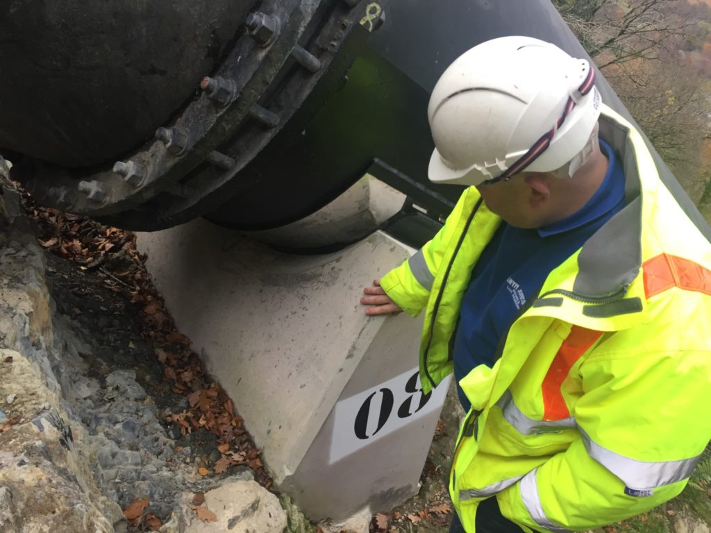 Low Head Pipeline - bearing and concrete support replacement scheme